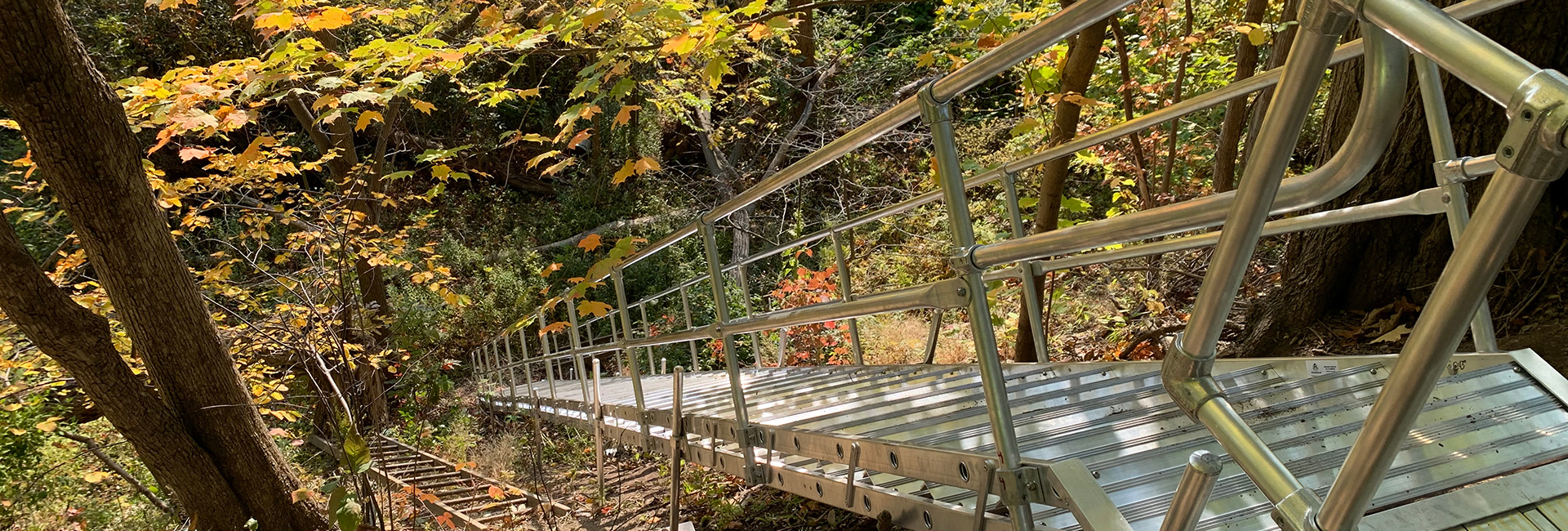 Aluminum Stair Platform with Handrails