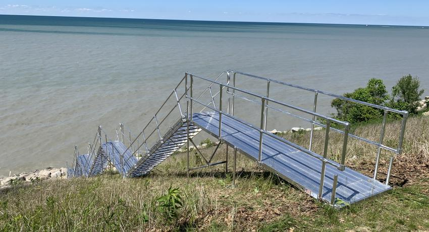 Aluminum Stair with Platforms