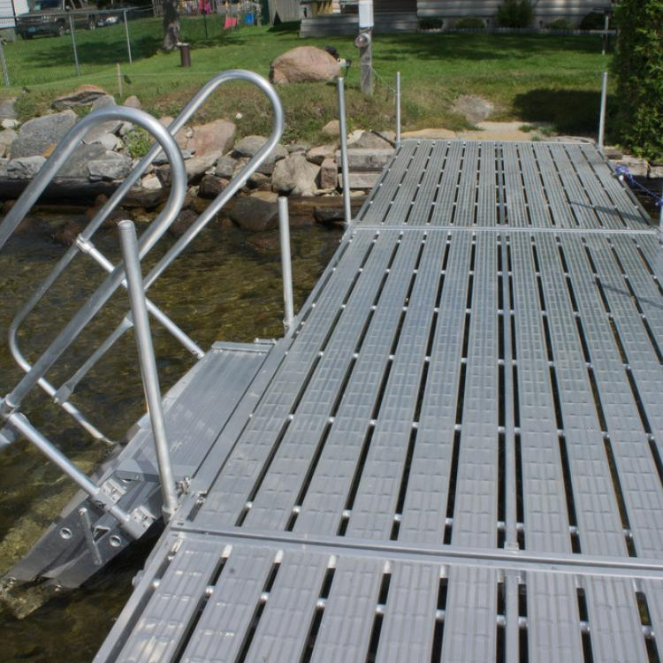 Aluminum Dock with stair